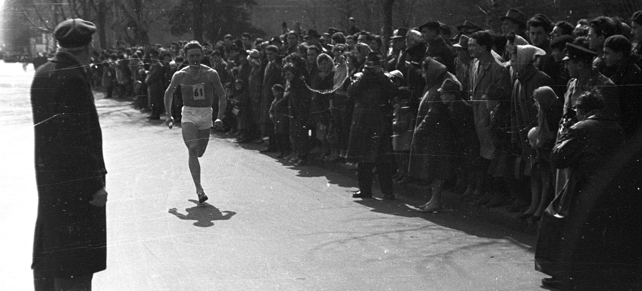 Are Runners Obsessive, Narcissistic Masochists? - The Philosophers